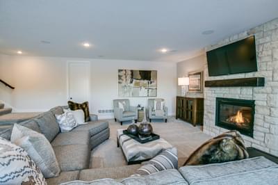4br New Home in Stillwater, MN