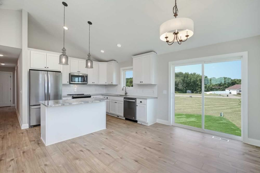 2,565sf New Home in River Falls, WI