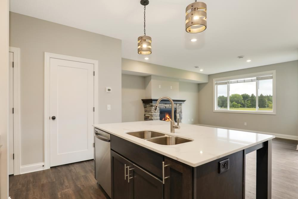 1,913sf New Home in Hudson, WI