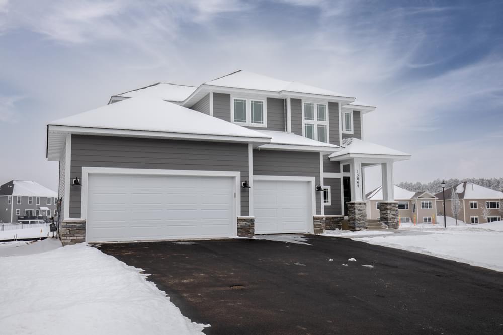 2,196sf New Home in Hugo, MN