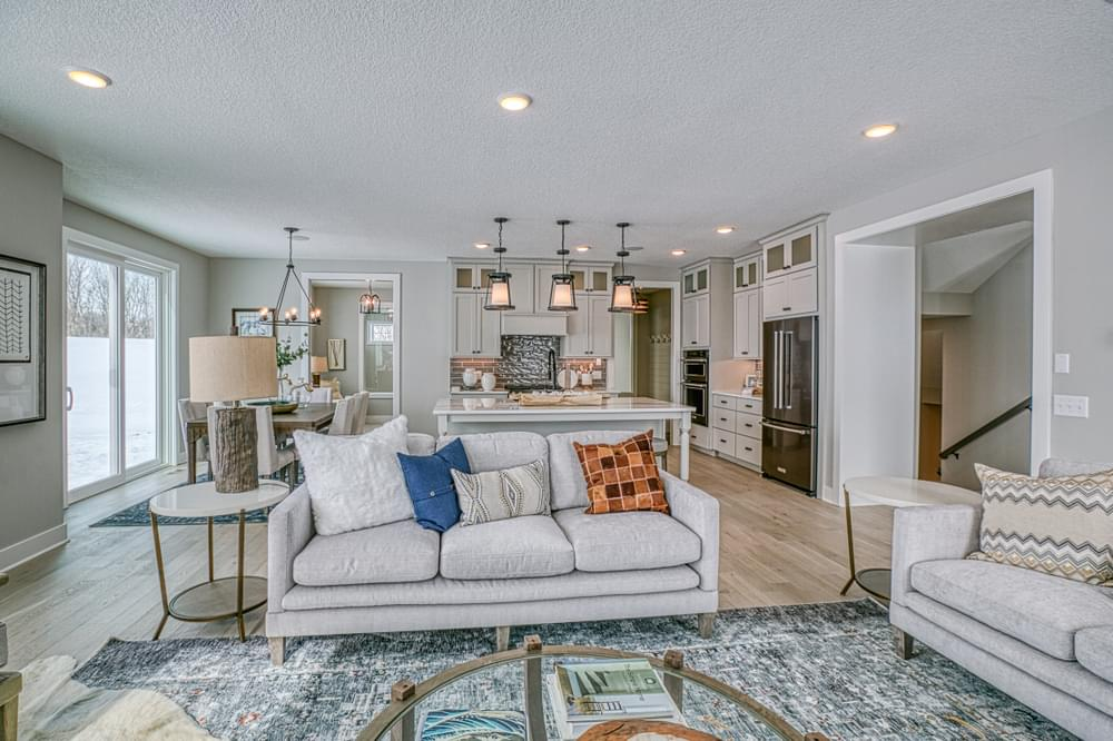 3,725sf New Home in Hudson, WI