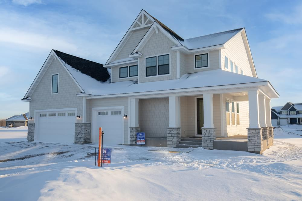 3,074sf New Home in Hugo, MN
