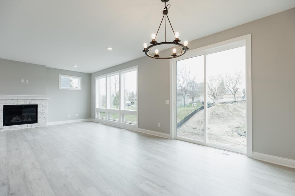 4br New Home in Dayton, MN